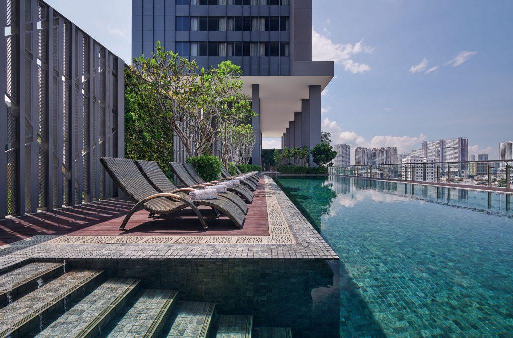 Courtyard By Marriott Penang swimming pool.